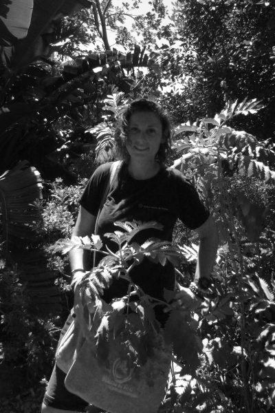 Sarah MUTONNI, guide-animatrice sentier marin © Domaine du Rayol, Perrine Allard