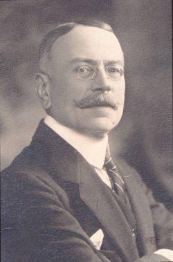 Portrait d'Alfred Courmes